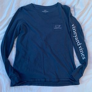 Vineyard Vines blue long sleeve shirt